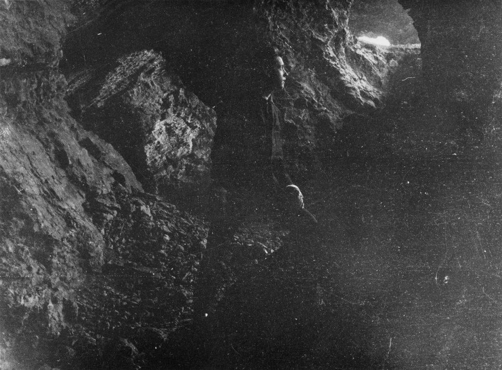 Devil's Mouth Cavern.