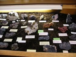 3OUMNH_Minerals.JPG